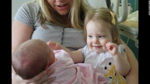 150409152739-baby-siblings-irpt-jones-2-super-169