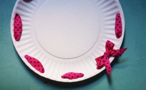 Ribbon_Paper_Plate