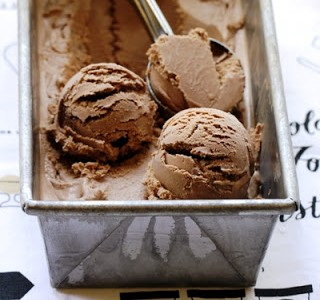 bliss-milk-choc-ice-cream-hero-1