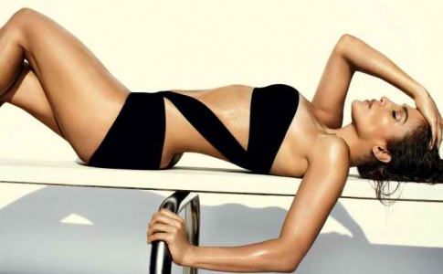 Jennifer-Lopez-Mario-Testino-Photoshoot-for-Vogue-US-June-2012-1-690x480
