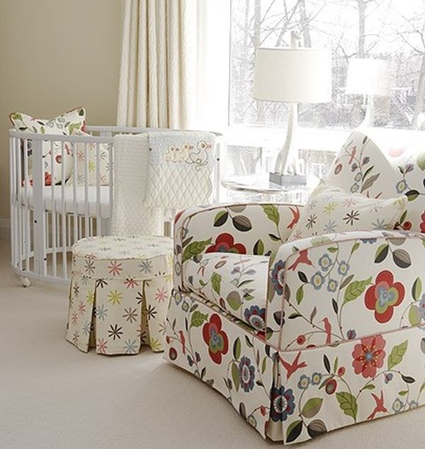 Chic-contemporary-kids-room-with-a-round-crib2