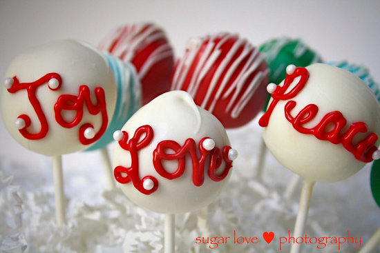 Sweet-Holiday-Cake-Pops