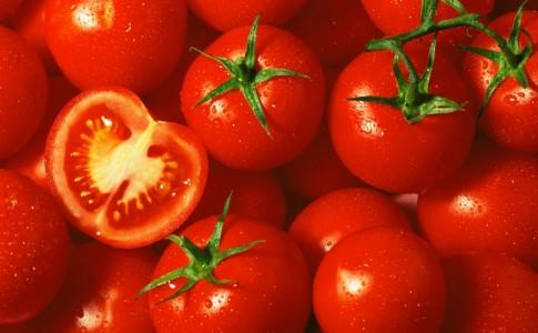 Tomatoes_iStock_000005591923Small[1]