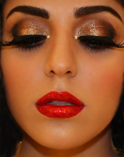Eyes-Makeup-Idea-for-Christmas.