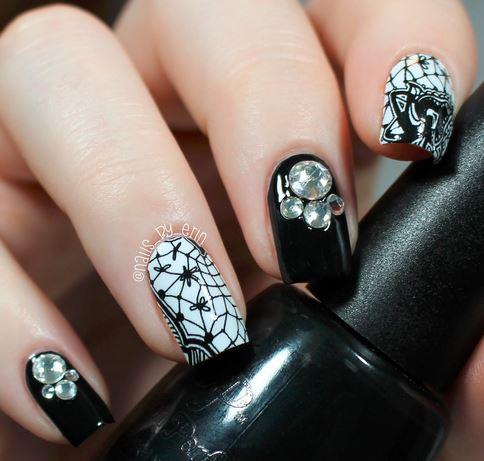 nails-2016-nail-art-trends-fall-2015-winter-black-lace-rhinestone-design-pattern-white-ideas