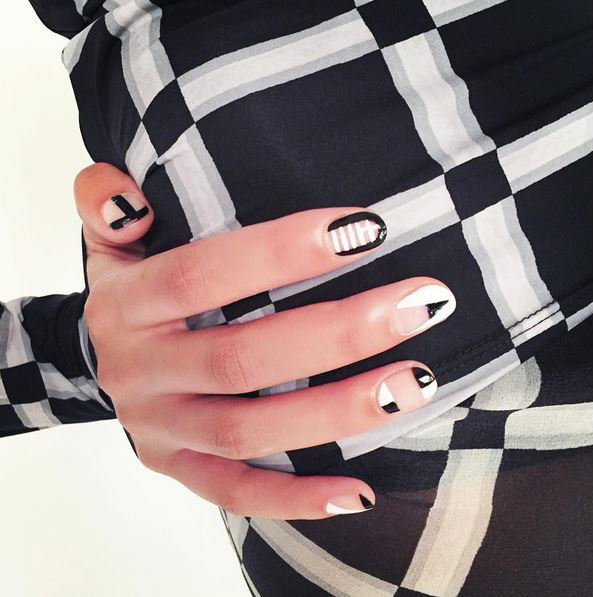 nails-2016-nail-art-trends-fall-2015-winter-geometric-negative-space-design-miss-pop-white-nude-ideas