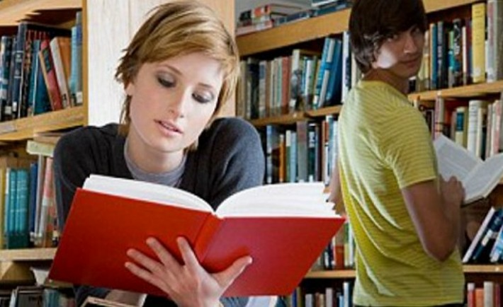 teens_reading_1a-710x434