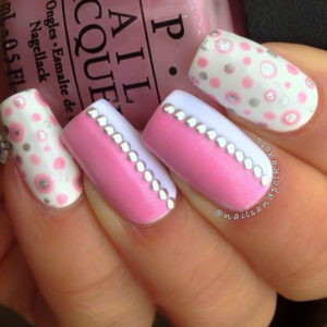 32-pink-and-white-nail-art-designs