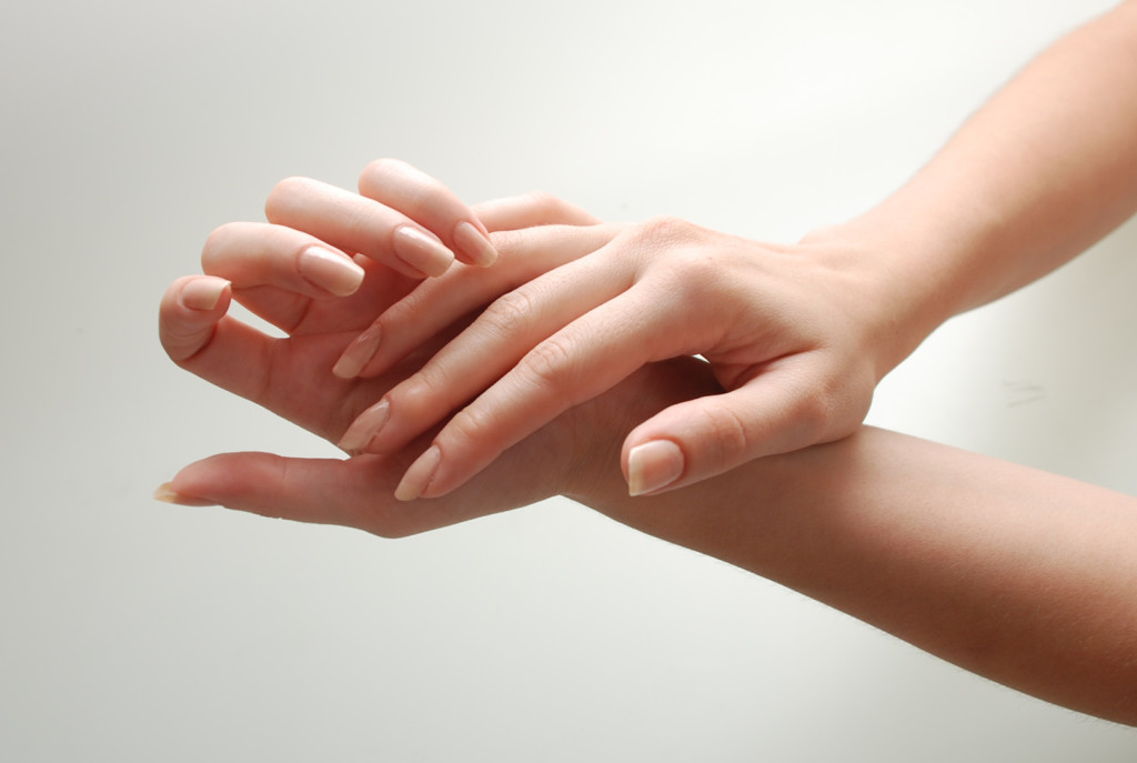 Healthy-clean-and-good-looking-hands-and-nails-Intro-1024x687