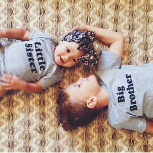 a2ae82e9699604f1a0be8c8479442033--sibling-newborn-photos-big-brothers-big-brothers-little-sister-pictures