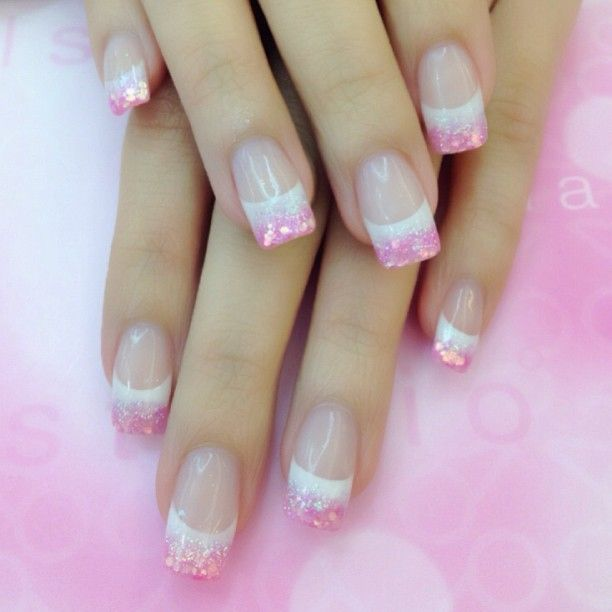 bb608a8c326cd79e22e9ed91b1f0a122--light-pink-acrylic-nails-colored-acrylic-nails