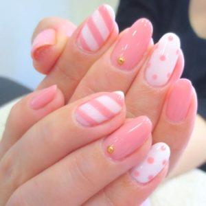 cf48722825ee239a5fb84e874f149c86--pastel-pink-nails-nail-pink