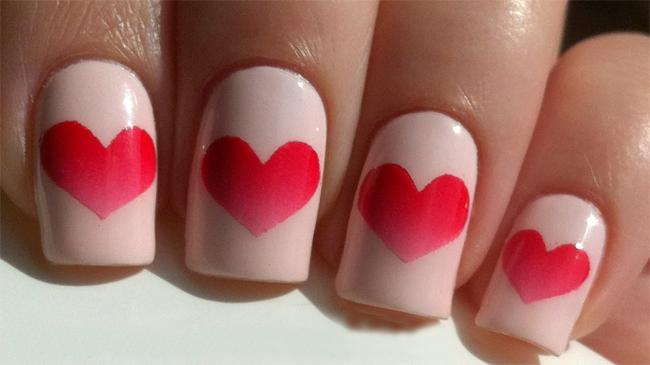 cute-Valentines-Day-Heart-Nail-Art-Ideas-2017