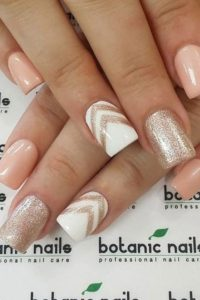 fa67600c5435a9ae465cfff5444751c5--never-forget-summer-nails-designs