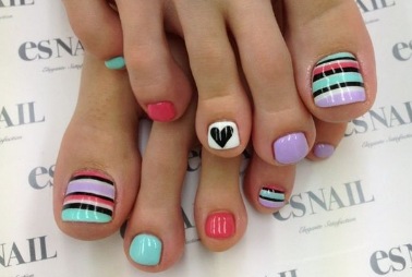nail-art-feettoe-nail-art-ideas-L-Ob2ZHw