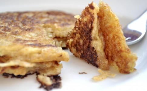 oatmeal-pancakes-2-1024x683-1024x683