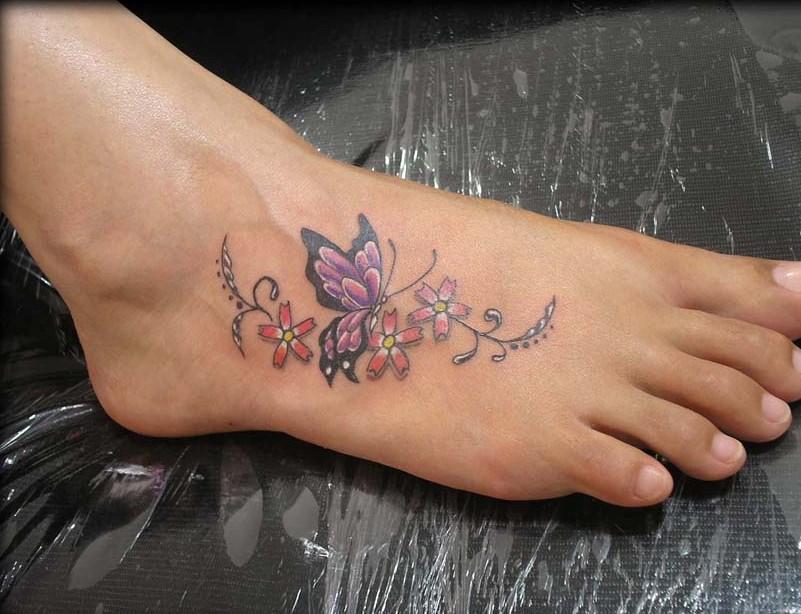 tatouage-cheville-femme-fleur-26