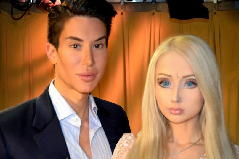 338259-living-barbie-doll-valeria-lukyanova-and-ken-doll-justin-jedica-meet-f