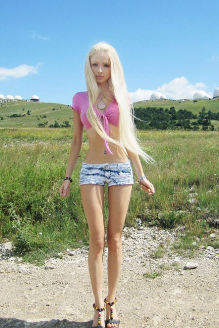 Real-Life-Russian-Barbie-Doll-Valeria-Lukyanova-31
