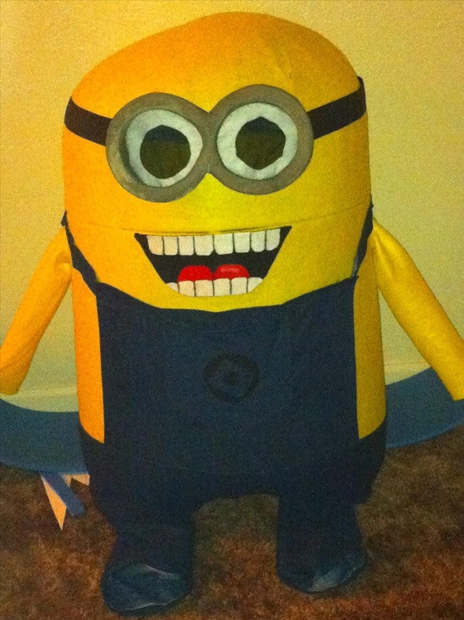 bee-do-bee-do-5-awesome-diy-minion-halloween-costumes-from-despicable-me.w654 (2)