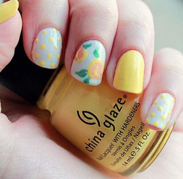 Floral Nails 03