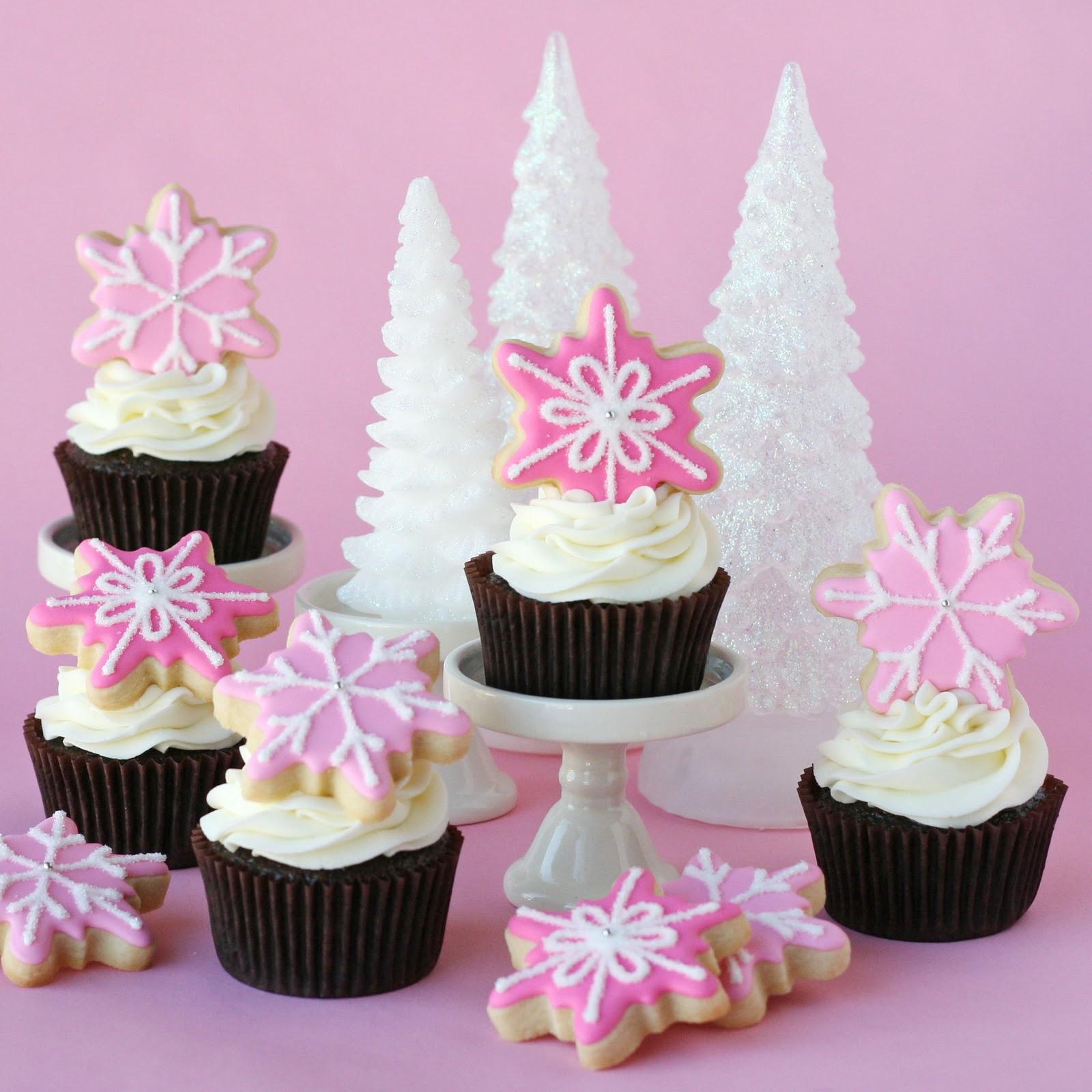 Pink Christmas Cupcakes