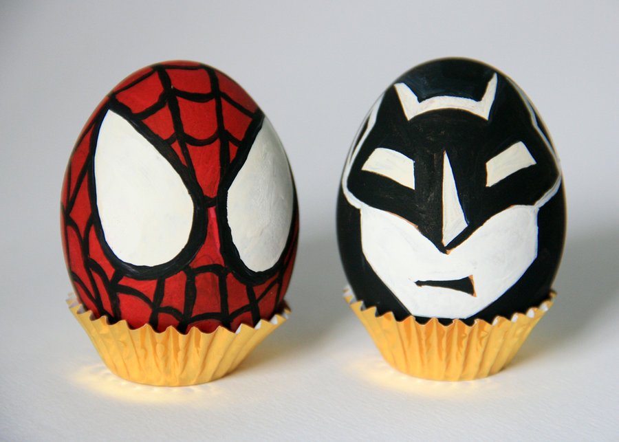 eggs_batman_and_spiderman_by_iquint-d3f9zoq
