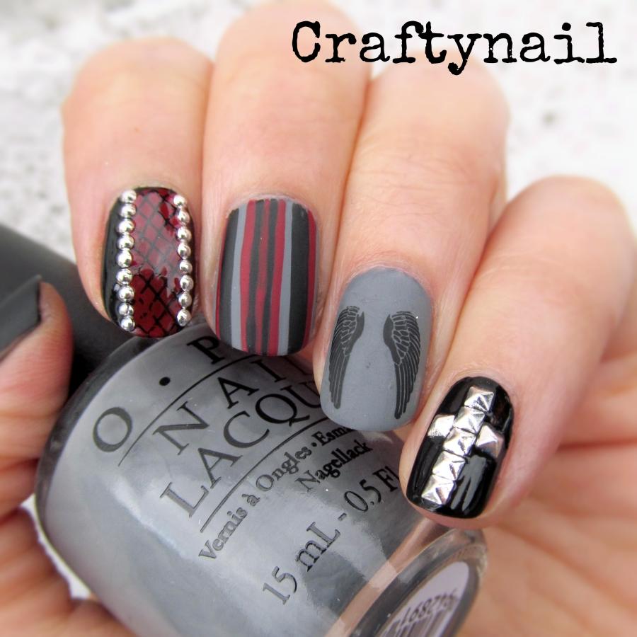 grey-biker-nails
