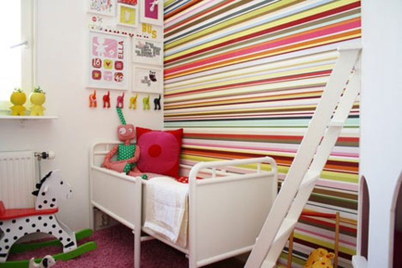 30-trendy-kids-room-design-ideas-with-stripes-30