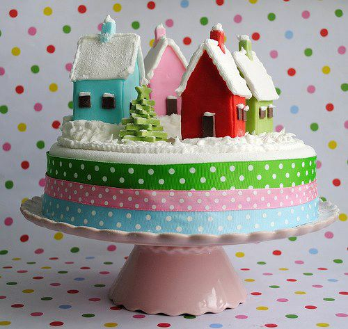 Christmas-creative-sweets-and-deserts-ideas-Cake-with-houses