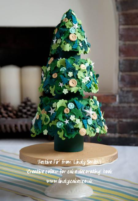 festive-fir-christmas-cake-by-lindy-smith