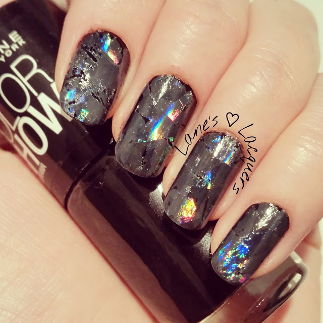 shattered-glass-foil-nail-art (2)