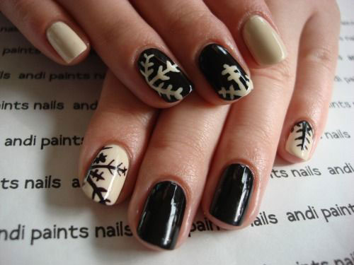 20-Best-Winter-Snowflake-Nail-Art-Designs-Ideas-Trends-Stickers-2014-1
