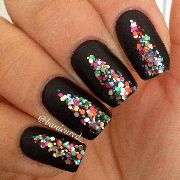 7-cool-christmas-nail-designs